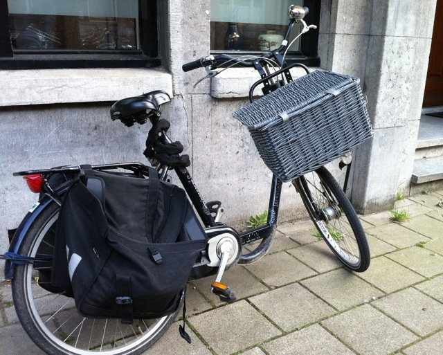 Put a basket on that front rack and add panniers and you're ready to carry anything.