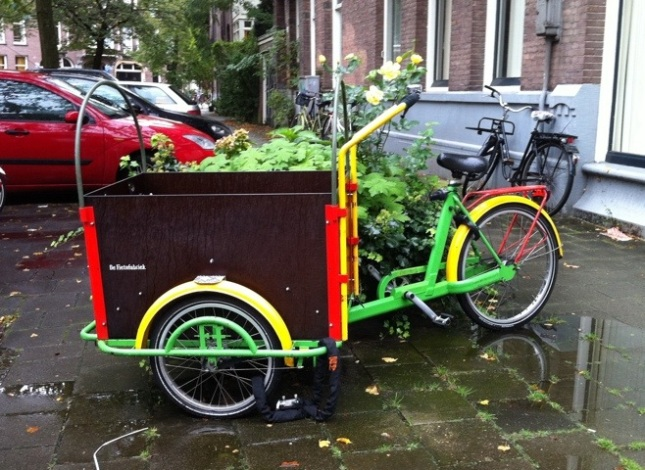 Some cargo bikes had enough space for quadruplets.