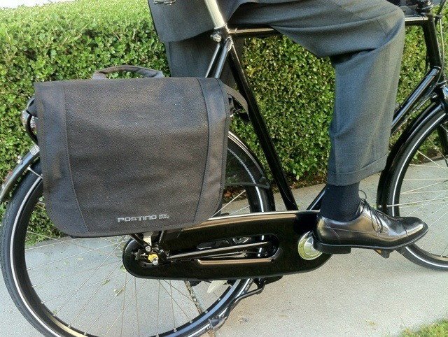 The Postino name sounds Italian, but the briefcase pannier is pure Dutch.