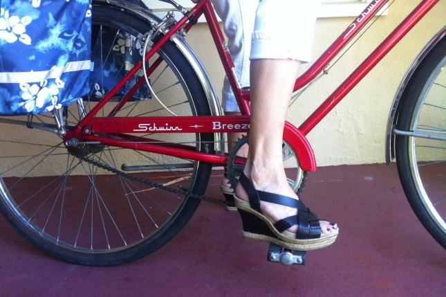 Cindy rocked the platform wedges as she rolled through the 'hood.