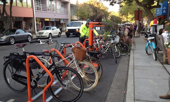 We rolled up to the parklet in Los Altos and parked in its bike corral.