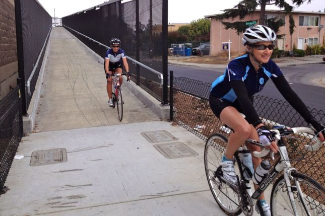 The new bike bridge in Menlo Park is a big improvement over the old one.