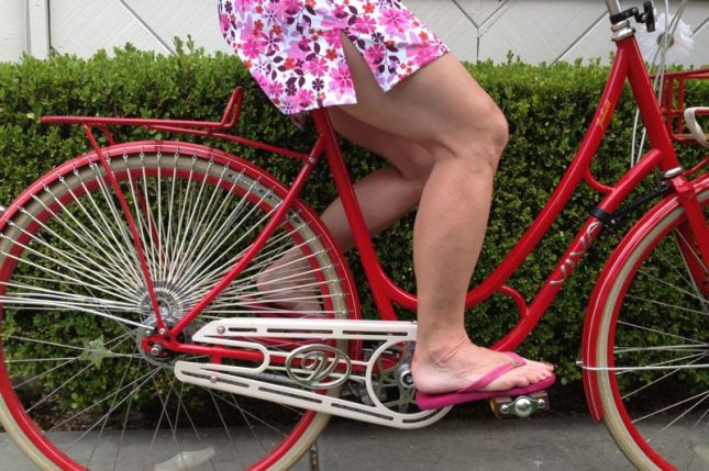 There's no need for Juliett's dress guards with this short skirt. But her wide flat pedals are great for flip-fips.