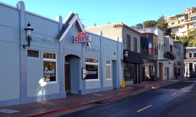 From there, it was down Tiburon's historic main drag...