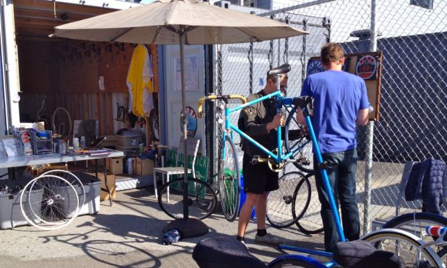 There was even a popup-style bike repair shop in the space reclaimed from the freeway.