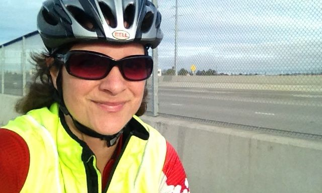 Look, I'm wearing hi-viz and lycra like a real bike commuter!