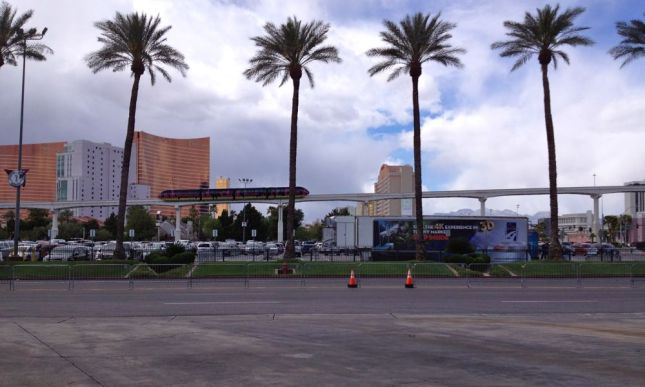 The Las Vegas monorail connects casinos on the strip, but ends two miles short of the airport.