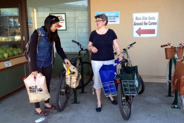 Most bike shoppers have bikes with racks that hold grocery bags.