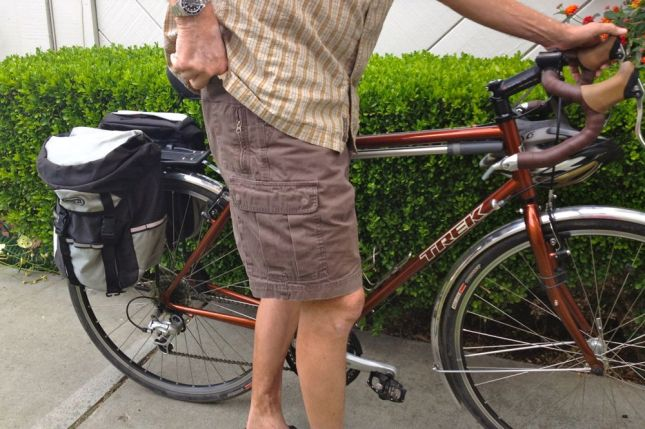 When you're running errands, cargo shorts' pockets come in really handy.