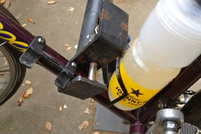 Woe to bikes with bottle cages or accessories on the down tube!