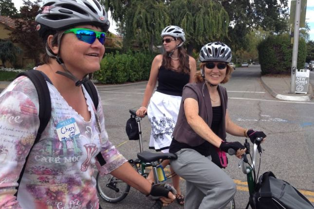 Ride, eat, ride and chat the whole way. That's my kind of party.