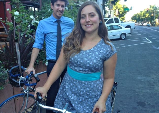 Jessica doesn't let a diamond-frame top tube keep her from wearing a dress.