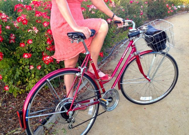 Lorri's new love is the 1979 Schwinn Suburban she picked up in Portland.